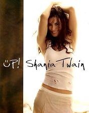 SHANIA TWAIN 2004 UP! TOUR CONCERT PROGRAM BOOK / NEAR MINT  2 MINT