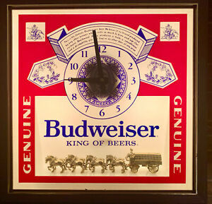 1984 Budweiser King Of Beers Lighted Sign w/Gold Clydsdales & Clock Works