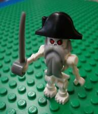 Lego Pirate Skeleton Knight Minifig Pirates Castle 7029 of the Caribbean