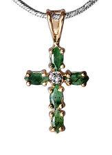 Zartes Kreuz aus 925er Sterlingsilber und Smaragden kleiner Diamant