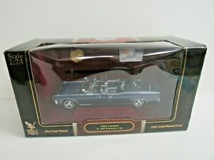 Road Signature 1961 Lincoln X-100 Kennedy Car w/ 24K Gold Plated Coin NIB