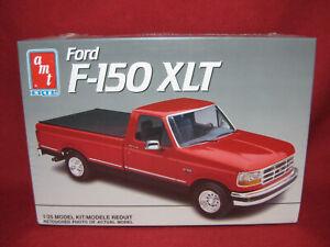 Ford F-150 XLT V8 Pickup Truck 1991 Vintage AMT Ertl 1:25 Model Kit 6809