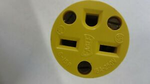 EAGLE #2227 15A 250V Vinyl Armored Grounding Connector 2 pole 3 wire NEW!