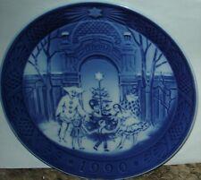 "Royal Copenhagen 1990 Christmas at Tivoli Plate - 7 1/8"""