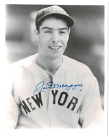 Joe DiMaggio signed autographed 8x10 photo! RARE! AMCo Authenticated!