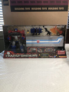 NEW Transformers Masterpiece OPTIMUS PRIME MP10 : Toys R Us Exclusive 2012