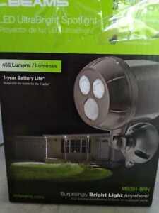 Mr Beams UltraBright 450 Lumen Battery Powered Motion Activated LED Spotlight