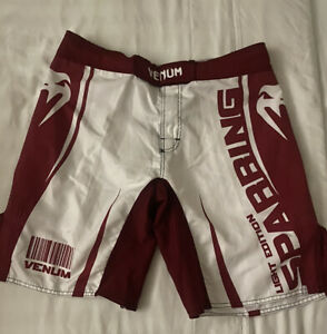Venum Boxing Sparring MMA Training Fighting Black Red White Shorts Size 34 Large