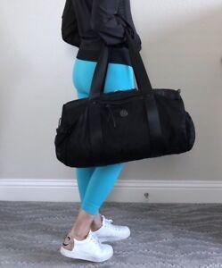 EUC Lululemon Run On Duffel Gym Yoga Bag Black