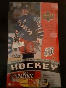 1998/99 UPPER DECK Series 2 Hockey Box Gretzky Autograph Double Jersey Cards