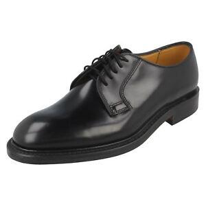 Hommes Loake 771B Noir Poli Leather Lacet Largeur F