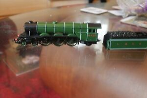 hornby 00 gauge Flying Scotsman and tender body-needs attention