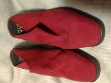 NINE WEST RED MULES/SHOES DOLAN SUEDE WOMEN LADIES SIZE 7 1/2