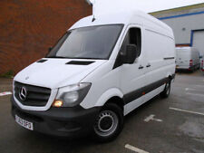 Right-hand drive High Roof MWB Commercial Vans & Pickups