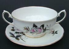 Royal Albert Queens Messenger 2-Handle Soup Dessert Bowls & Saucers Look in VGC