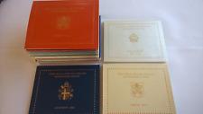 Vaticaan 2002 t/m 2018 Alle folders LEEG, inclusief 2005 Sede Vacante (18 stuks)