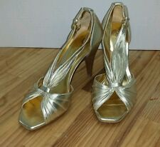 Audrey Brooke Gold Marey Ruched Pleated Shoes Stacked Heels 6 1/2 M Beautiful!