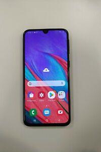 Samsung Galaxy A40 - 64GB - Blue (Unlocked) (Dual SIM)