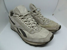 Reebok Vintage Beige Grey Suede textile Running Shoes trainers 7.5 - 41