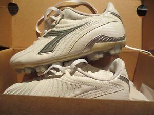 Women's Soccer Cleats Diadora Maximus RTX White US Women's Size 5, 5.5