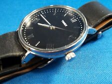 TIMEX EXECUTIVE DRESS WATCH TW2R28600 BLACK DIAL SILVER CASE ROMAN NUMERALS RUNS