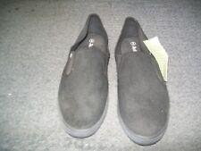 Mens Size 8 Black Canvas Shoe