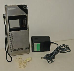 RARE Vintage Sony FD-210 Watchman Coat Pocket Television TV + Acc. -- WORKING