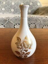 """Vintage Wedgwood England """"Gold Tonquin"""" Bud Vase"""
