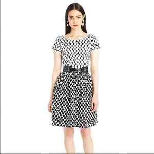 R'15 sz 8 Oscar de la Renta polka dot dress with pockets sleeves