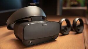 Oculus Rift S PC Powered VR Gaming Headset INCLUDES batteries
