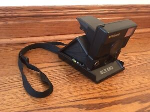 REFURBISHED! POLAROID SLR 680 CAMERA w/ STRAP!