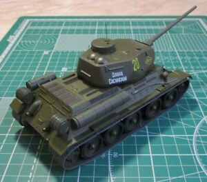 Tank of the USSR T-34/85 1943 g. scale 1/43