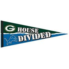 """GREEN BAY PACKERS DETROIT LIONS HOUSE DIVIDED FELT PENNANT 12""""x30"""" NEW WINCRAFT"""