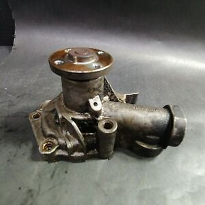 Hyundai Cooling Water Pump with Mounting Bolts and Pulley, Metal
