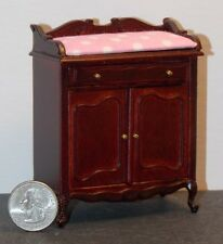 Dollhouse Miniature Windsor Baby Changing Table Platinum Collection  1:12    D68