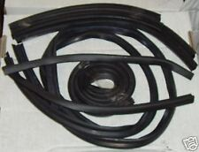 Triumph Stag NEW soft top full seal kit.