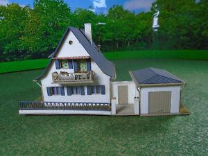 Vollmer 3718 pre-built House with Garage VGC for OO/HO gauge model railway