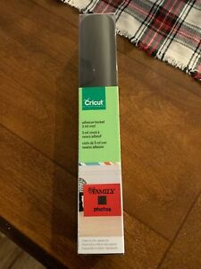 Cricut Cuttables Adhesive-Backed 3 mil Vinyl 12x24 2 Sheets Raven Black New
