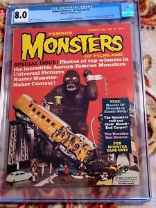 FAMOUS MONSTERS  OF FILMLAND ISSUE 32* CGC 8.0!!** *FREE SHIPPING**!