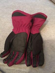 Obermeyer Burgundy Winter Gloves Adjustable Write Teens M Zip Pocket on Back