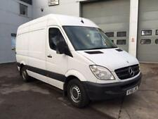 AM/FM Stereo MWB Commercial Vans & Pickups with Alarm