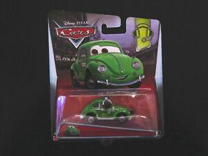 Disney Pixar Cars Cruz Besouro Mattel Die-cast, VW Beetle WGP Pit Crew Card New