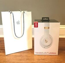 Beats Studio 3 Wireless Over the Ear Headphones in Color White Brand New Sealed