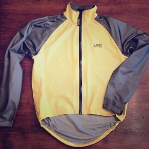 Unisex GORE-TEX BIKE WEAR Jacket.