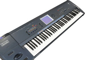 Korg Triton Extreme 76 TASTEN + 32MB RAM| Music Workstation Sampler 1J Gewähr