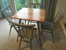 Vintage/Retro Up to 4 Seats Table & Chair Sets