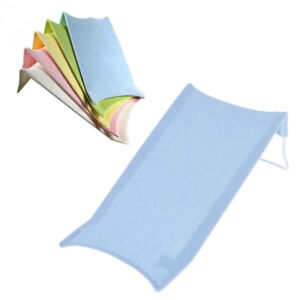 Mat for Bath Time surrounding the seat safety for baby blue