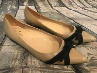 Kate Spade Beige Leather Pointy Toe w Navy Blue Bow, Size 8.5 Women's