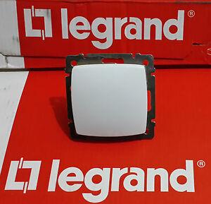 LEGRAND 774001 SINGLE POLE SWITCH 10 AX 250V + LEGRAND CROSS 11496 (10pcs)