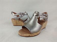 Clarks Unstructured Un Plaza Gold Metallic Wedge Sandals Women's Size 6.5 W US